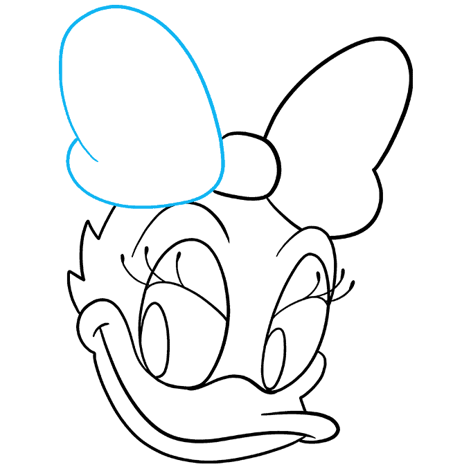 How to Draw Daisy Duck Step 08
